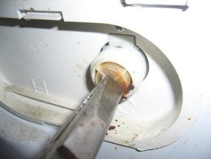 Прочистка фильтра стиральной машины